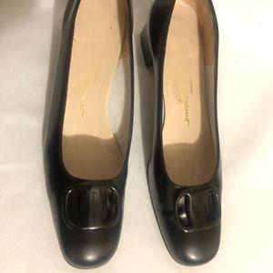 Salvatore Ferragamo Boutique Logo Buckle heels